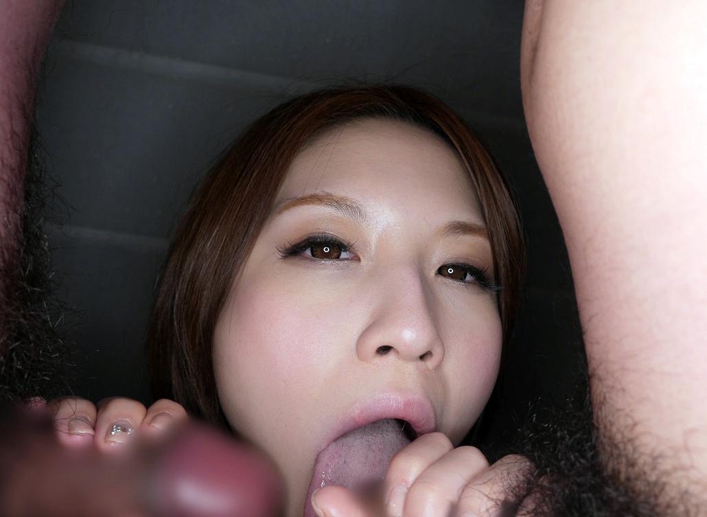 水樹りさの舌奉仕 (12)