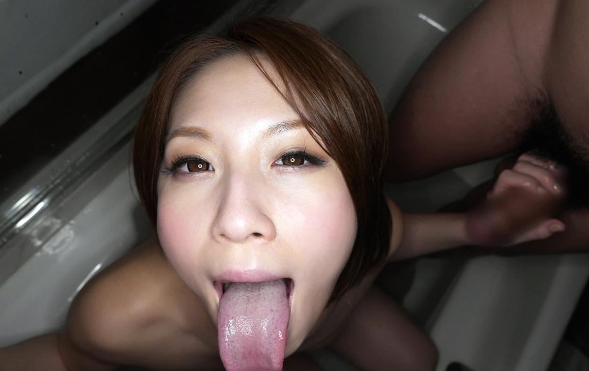 水樹りさの舌奉仕 (13)