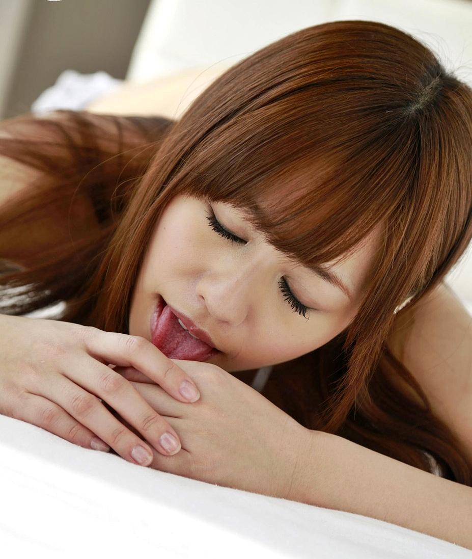 瑠川リナの舌画像まとめ (3)