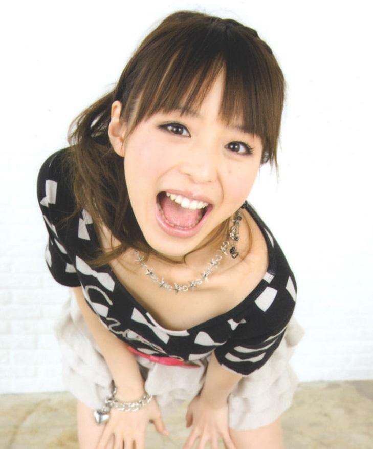 平野綾のフェラ顔舌見せ (5)