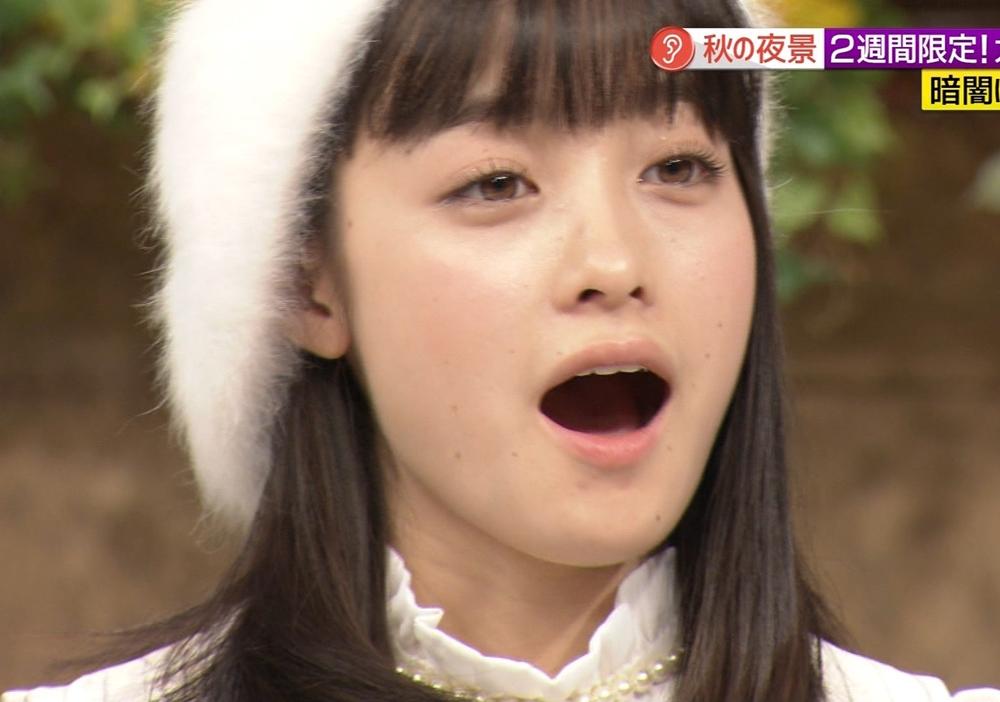 橋本環奈のくちマンコ (6)