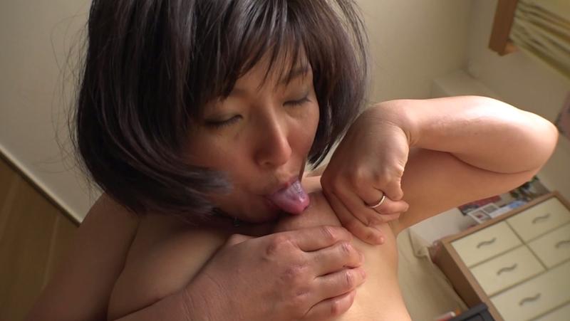 パイパン巨乳ママ M息子たちの赤ちゃんプレイ願望 Gカップ美人変態ママ 鮎原いつき (3)