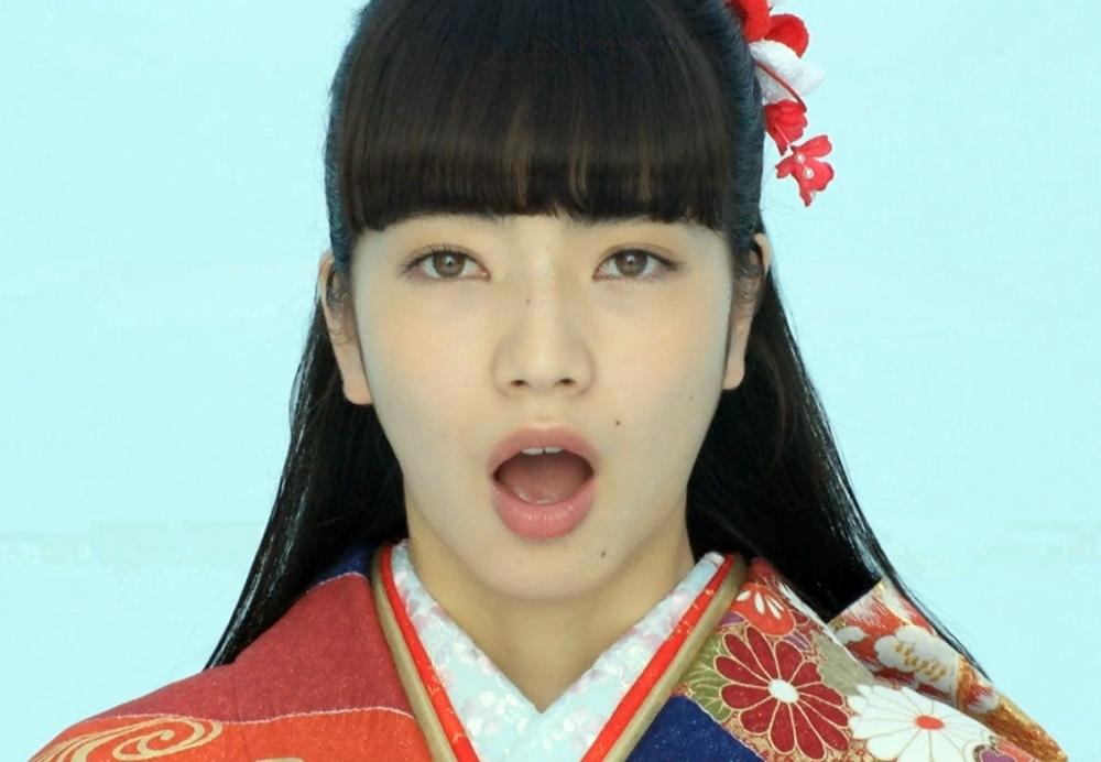 小松菜奈の開口舌見せ (1)