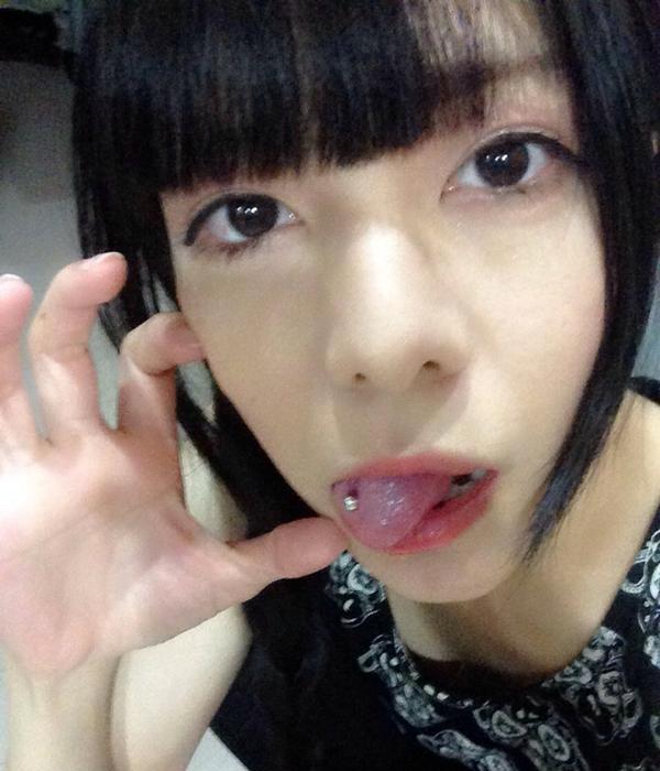 真縞しまりすの舌出し (7)