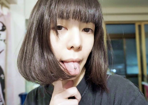 真縞しまりすの舌出し (28)