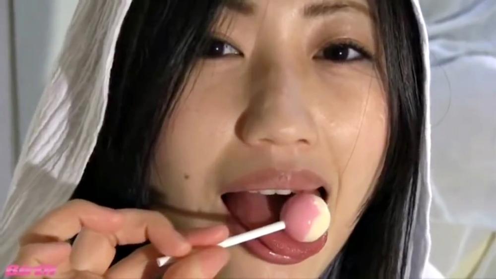 壇蜜の飴舐め (6)