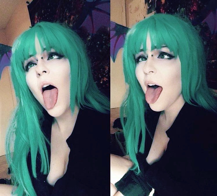 アヘ顔舌出し (1)