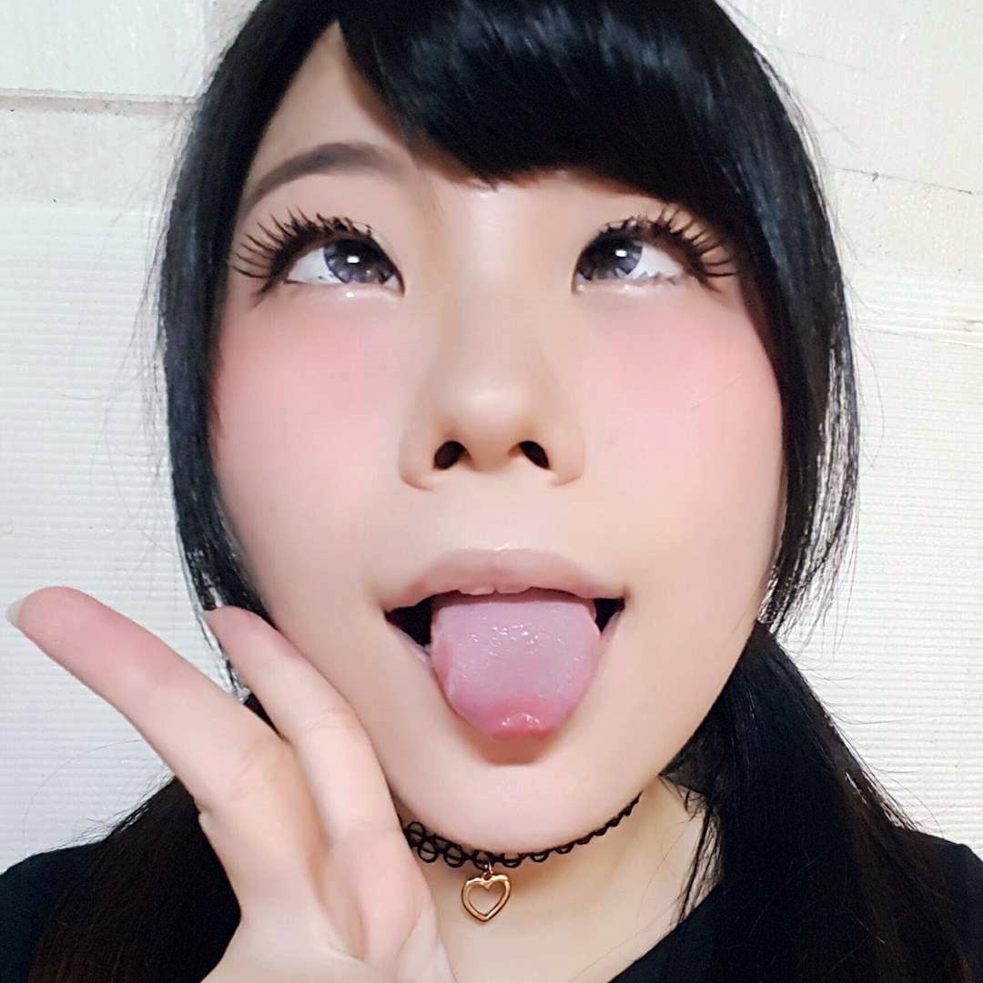 アヘ顔舌出し (29)