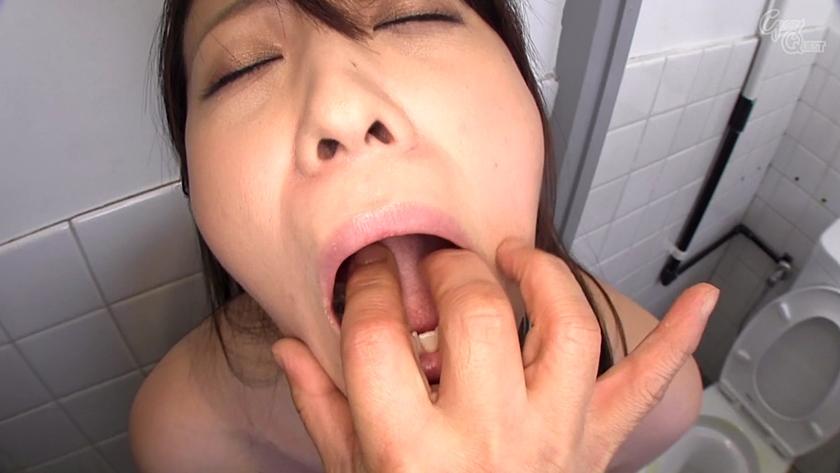桃瀬ゆりのタンツボ舌 (1)