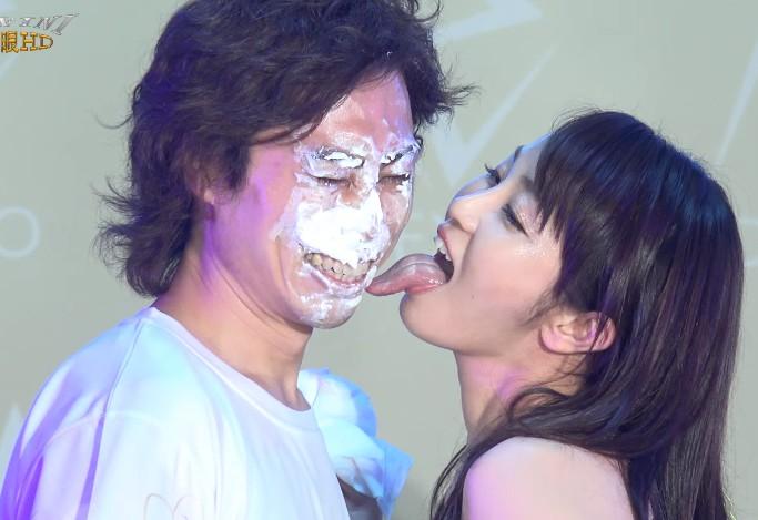 大島優香の顔舐め1 (3)