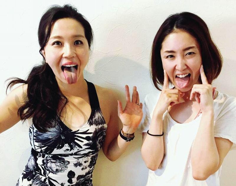 服部水希の舌出し (4)