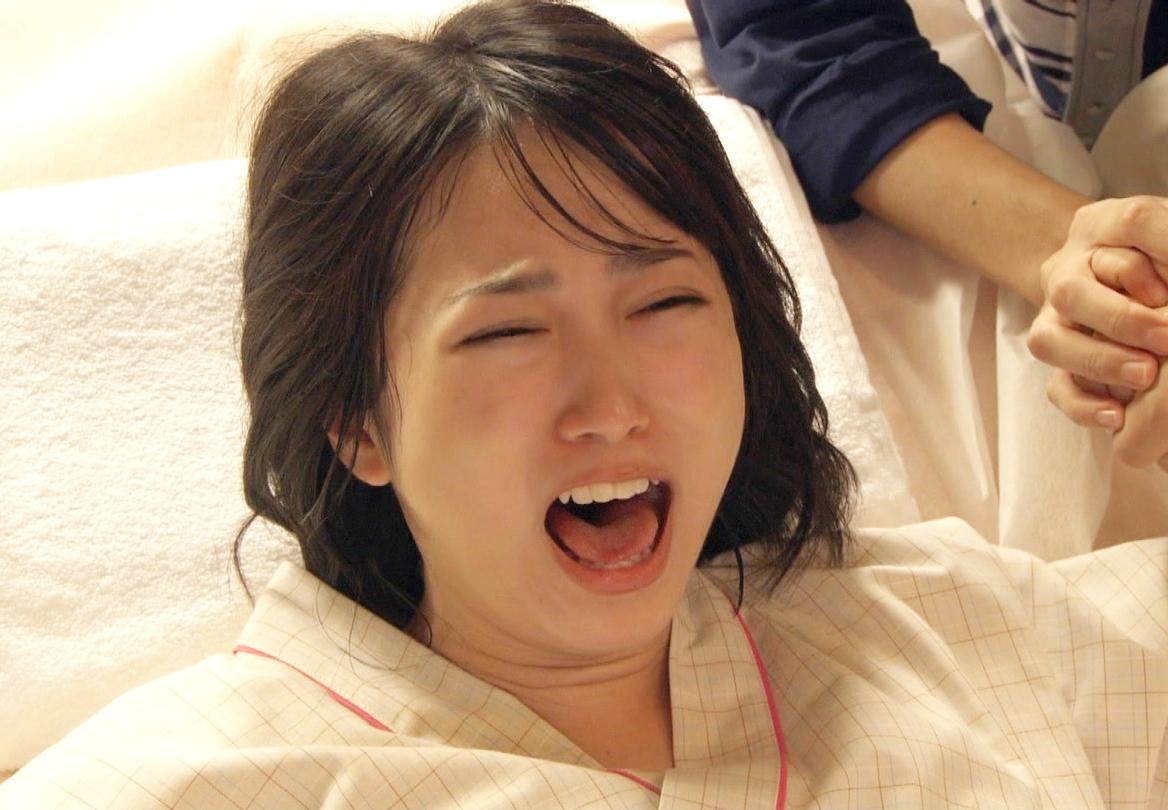 志田未来のイキ顔舌見せ (2)