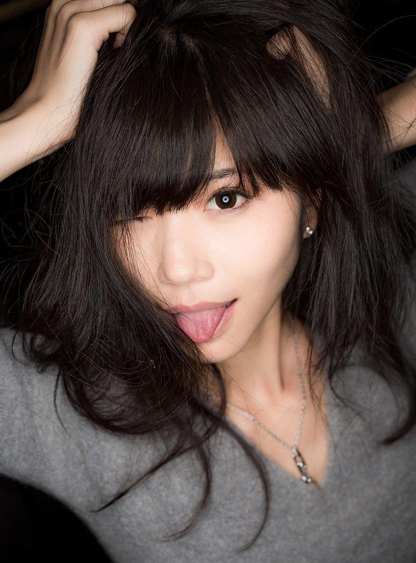 仁藤りさの極厚舌 (15)