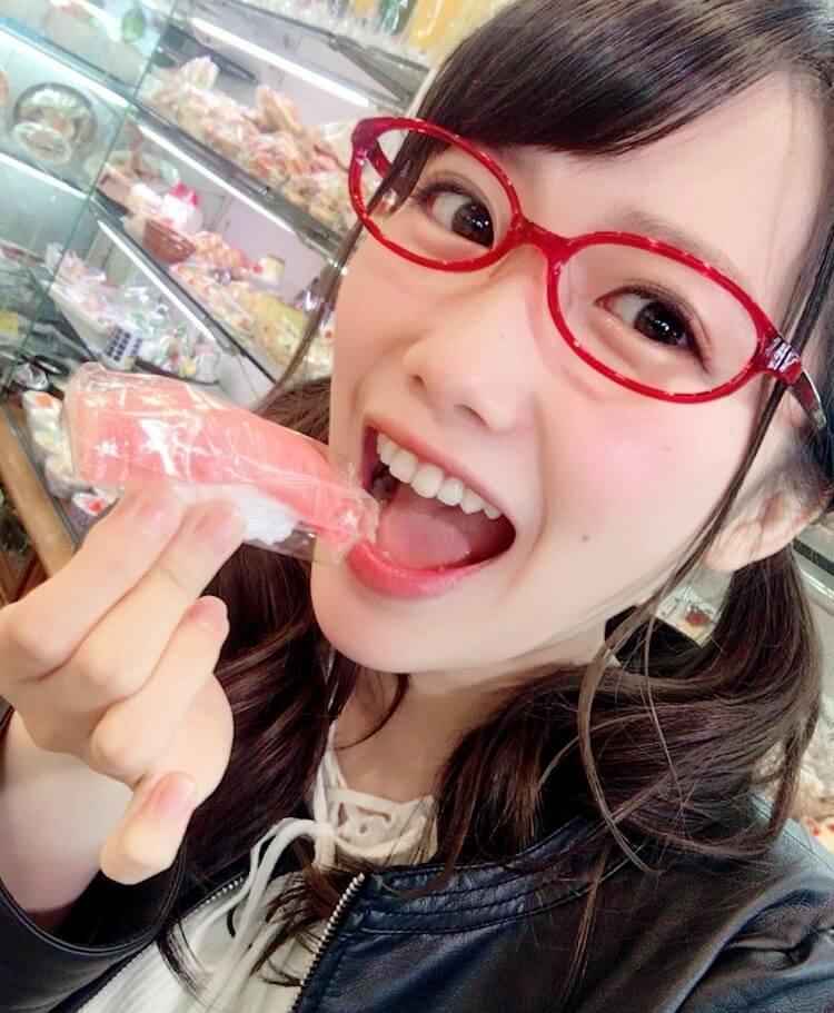 加藤里保菜の開口舌見せ (3)