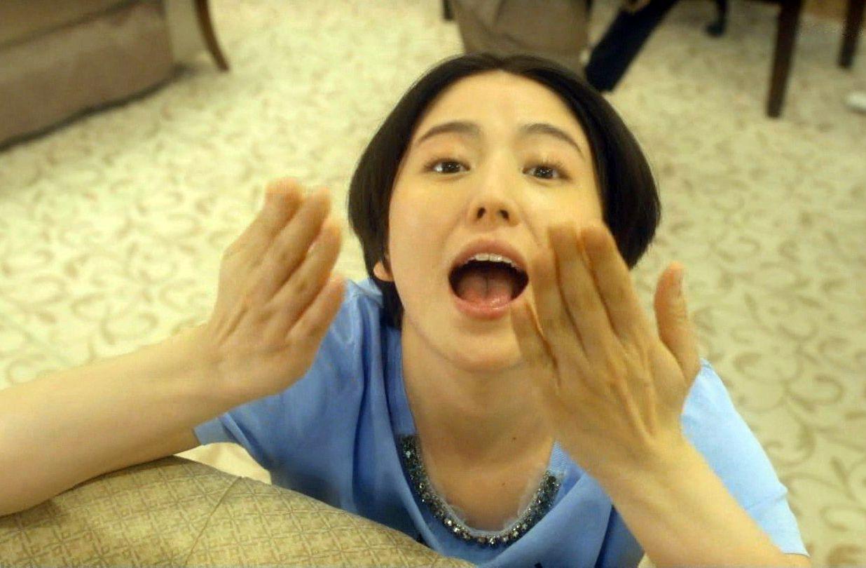 長澤まさみの汚舌キャプ4 (2)