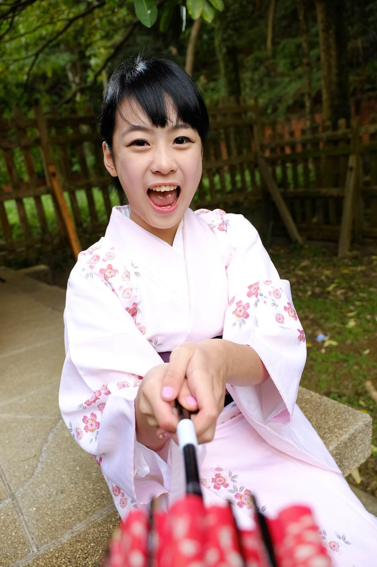 アジアン美少女のトロ汚舌 (3)