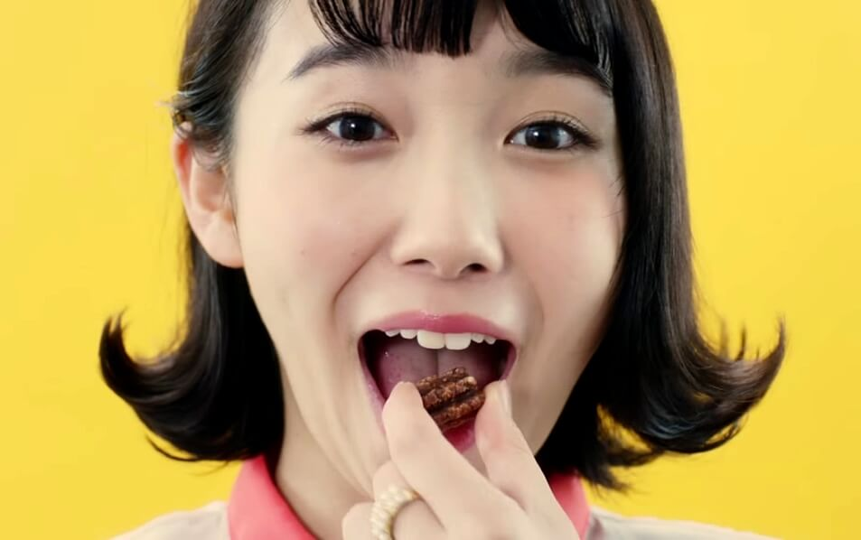 飯豊まりえの汚舌キャプ (6)