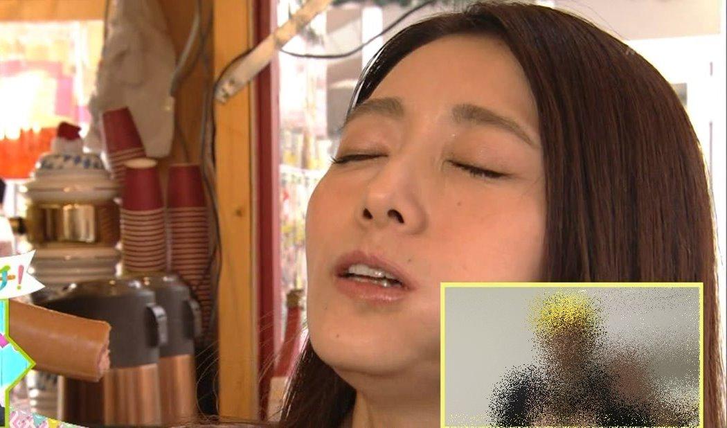 眞鍋かをりの疑似フェラパックンチョ (10)