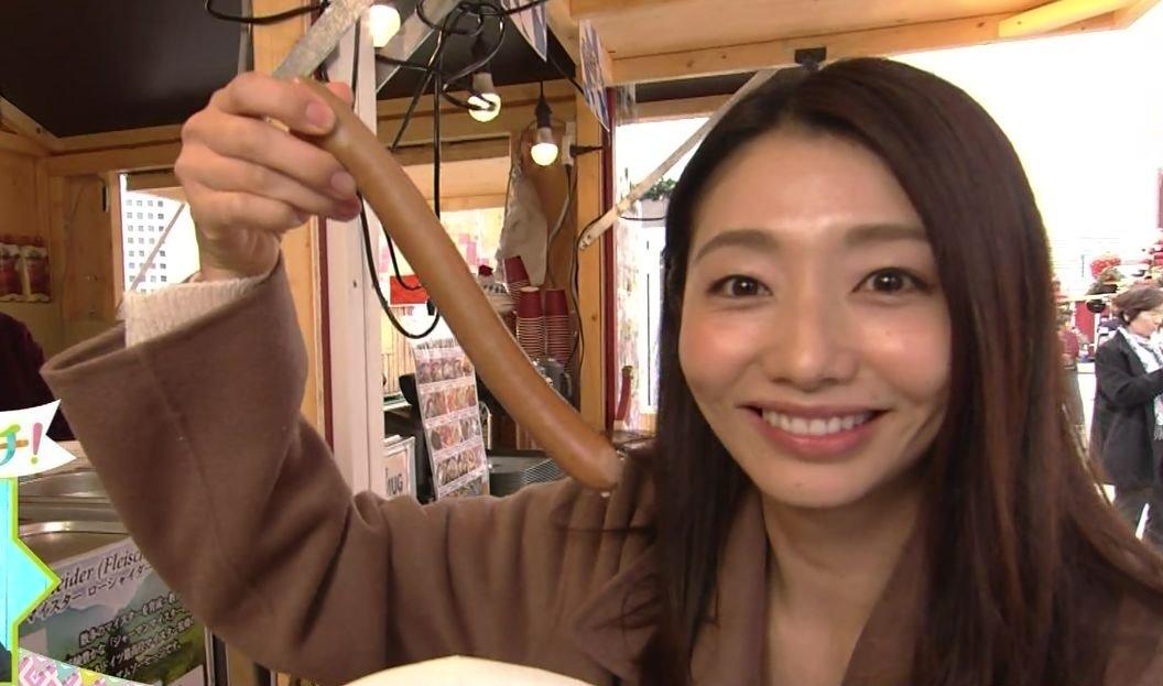 眞鍋かをりの疑似フェラパックンチョ (1)