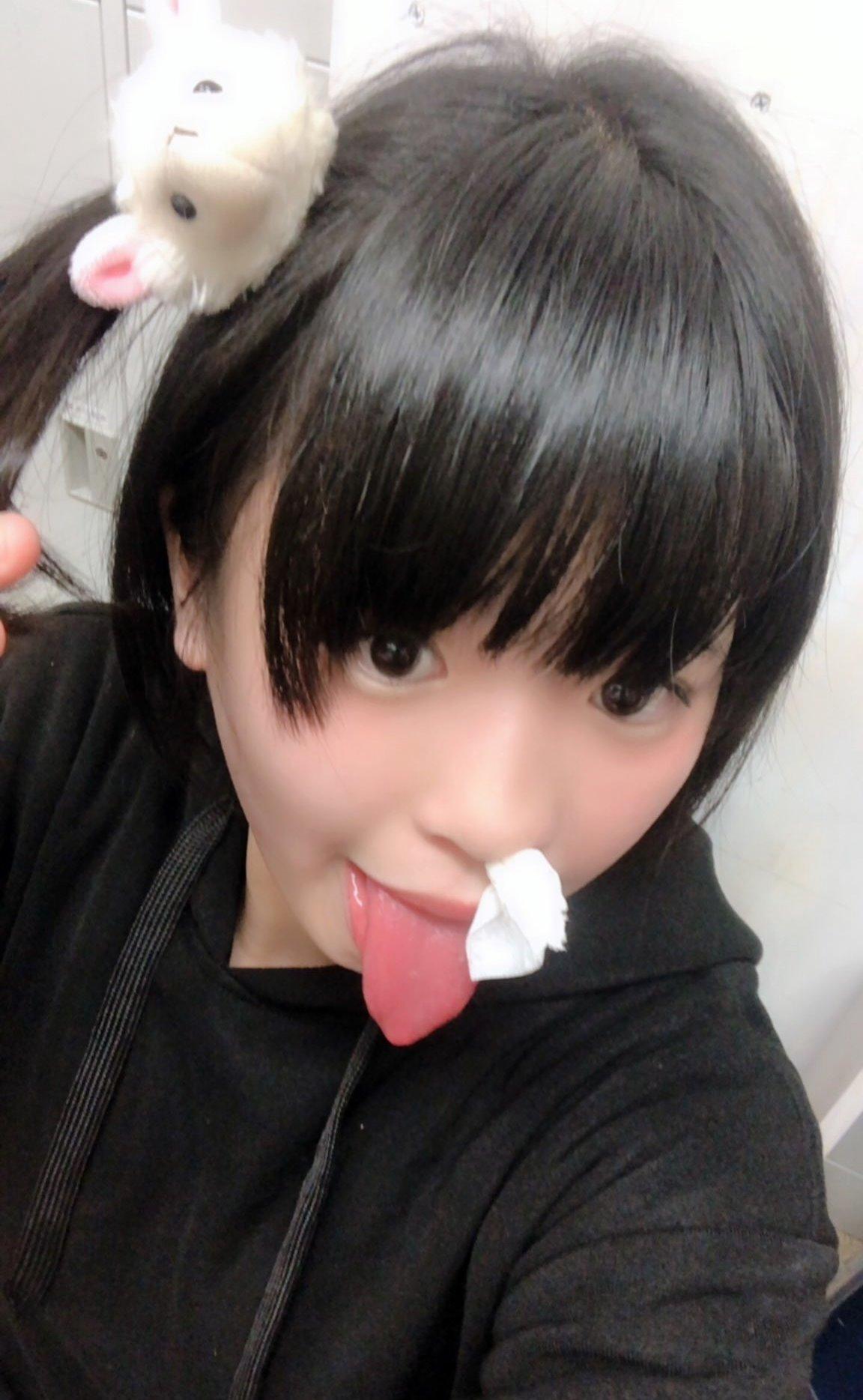 さくらりなのトンガリ舌 (5)