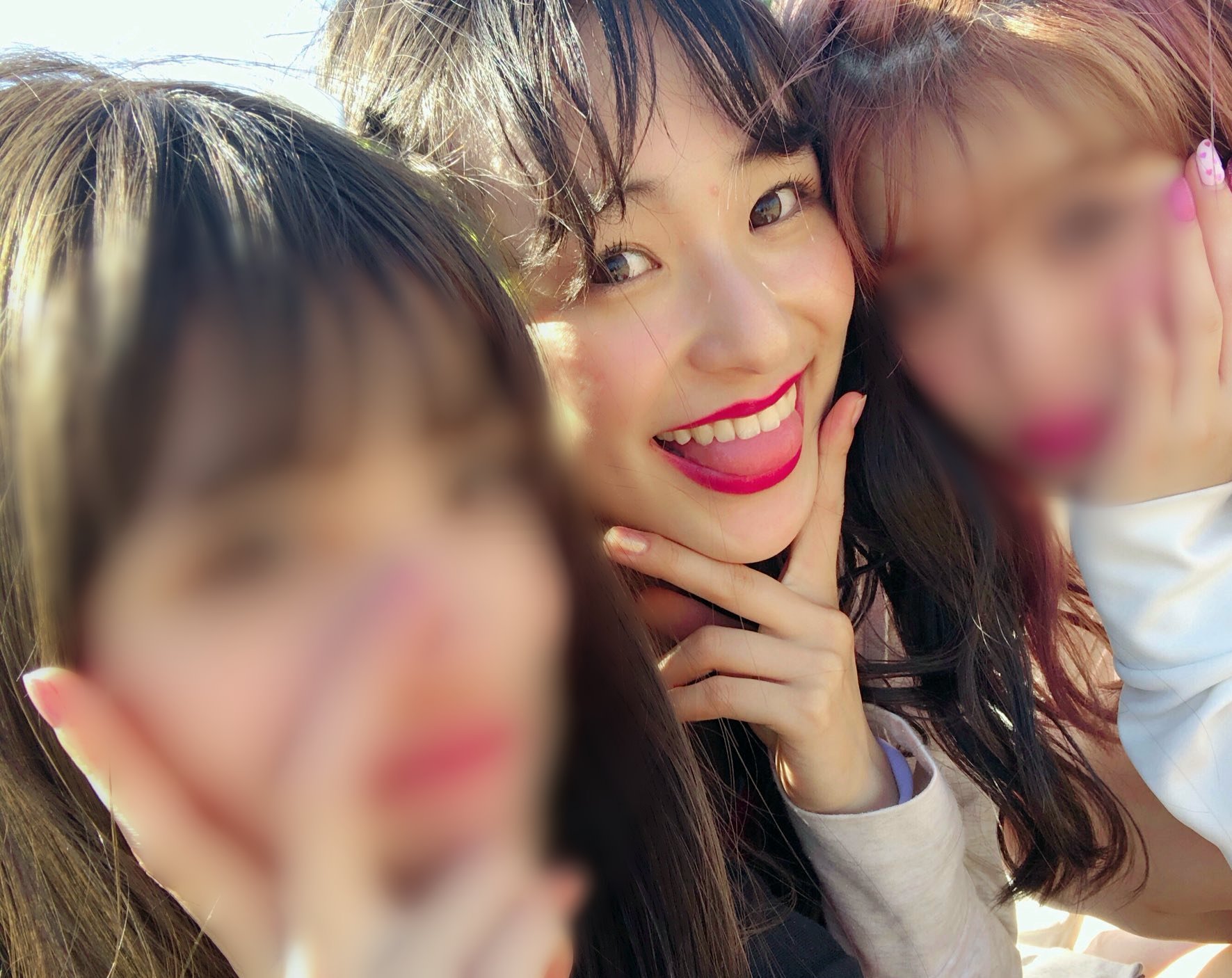 鈴木美羽のぽってり舌まとめ (36)
