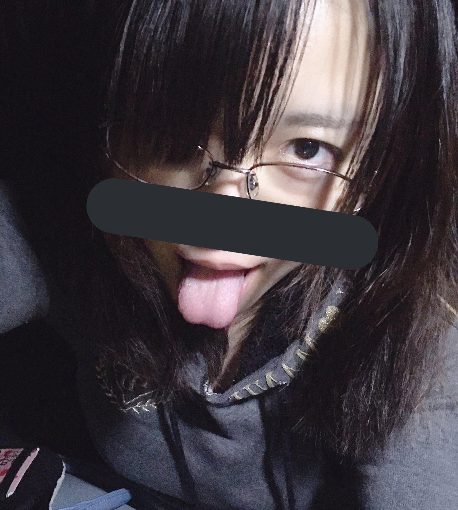 素人売り子の自撮り舌 (3)