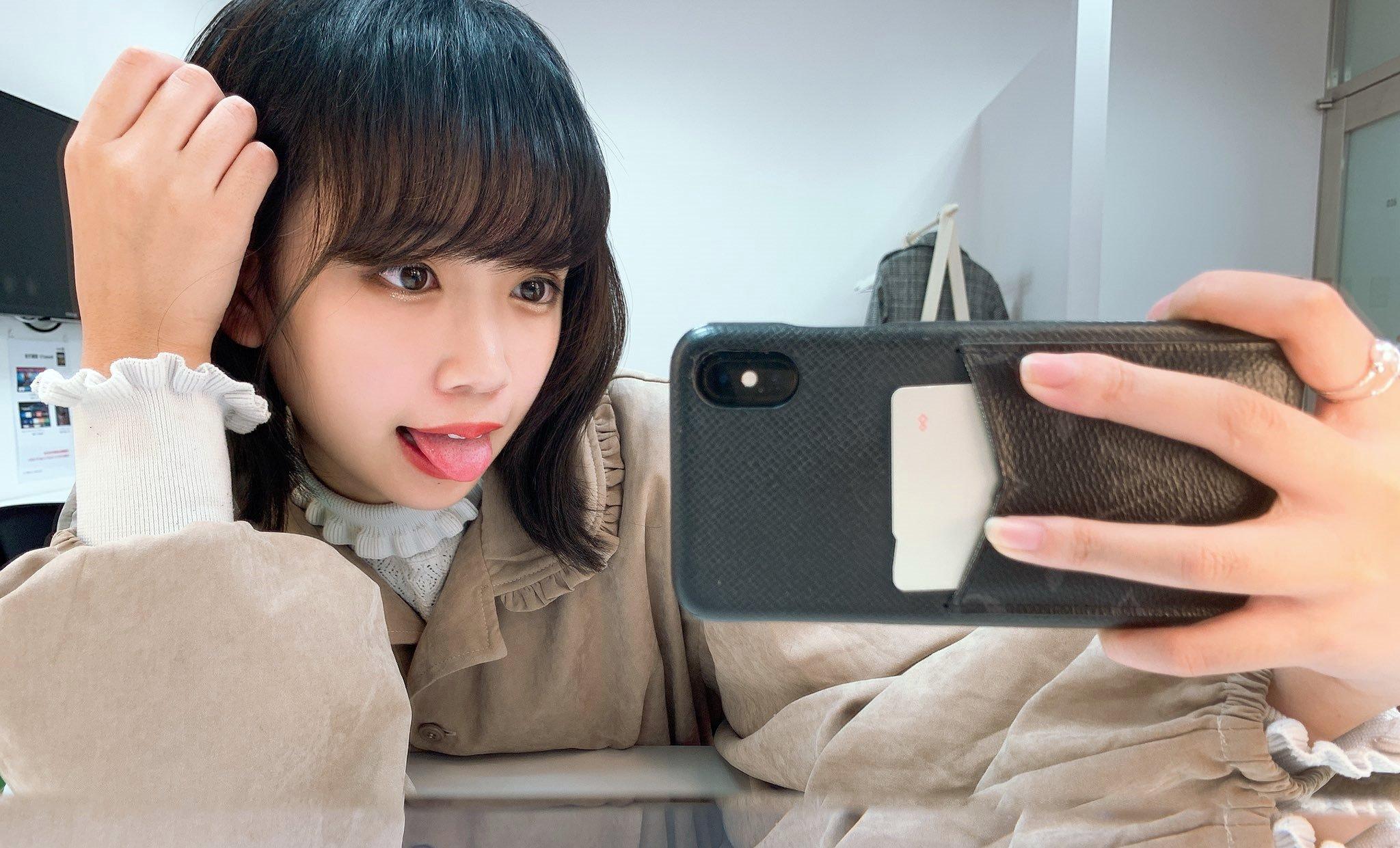 谷藤海咲の舌出し (44)