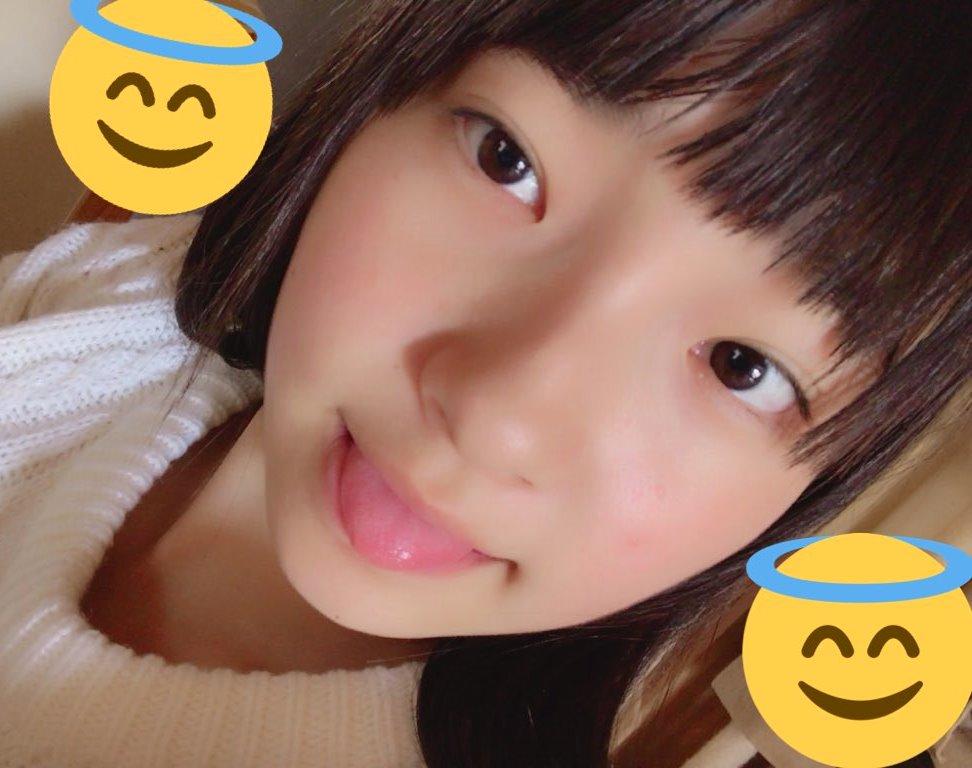 里仲菜月のぽってり丸舌 (14)