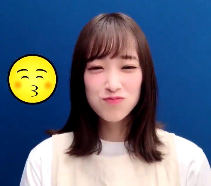 佐々木久美のキス顔