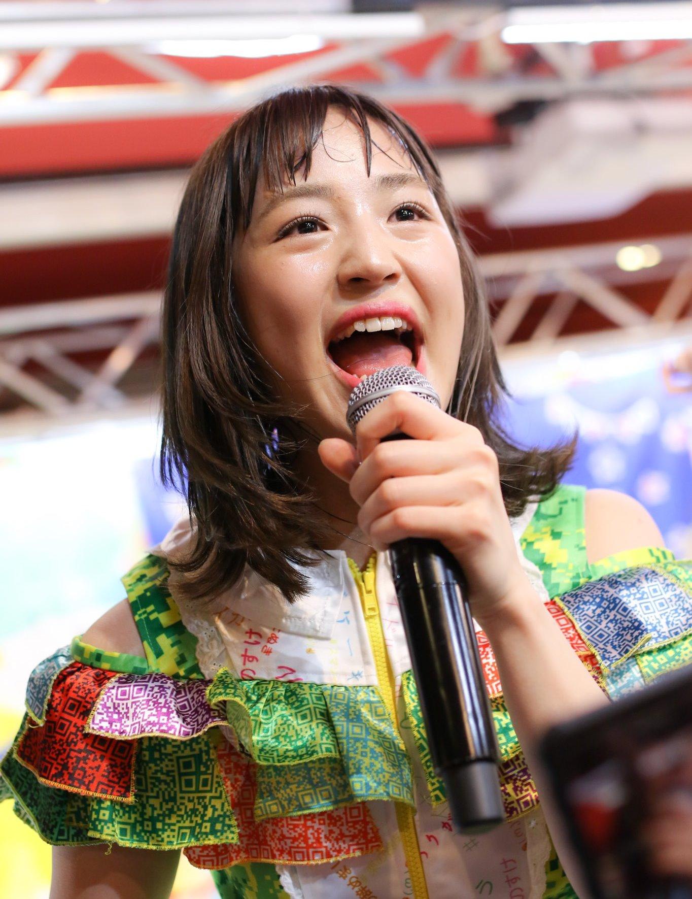 田崎礼奈の開口舌見せ (22)