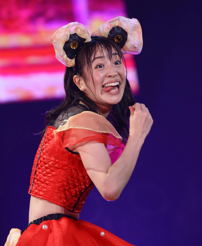 田崎礼奈の舌出し (26)