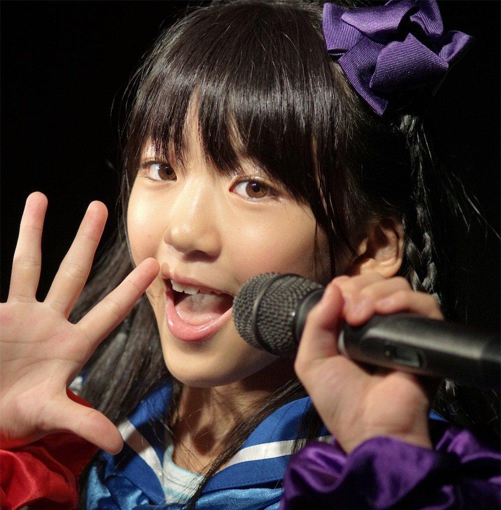菅原みいなのロリ舌 (4)