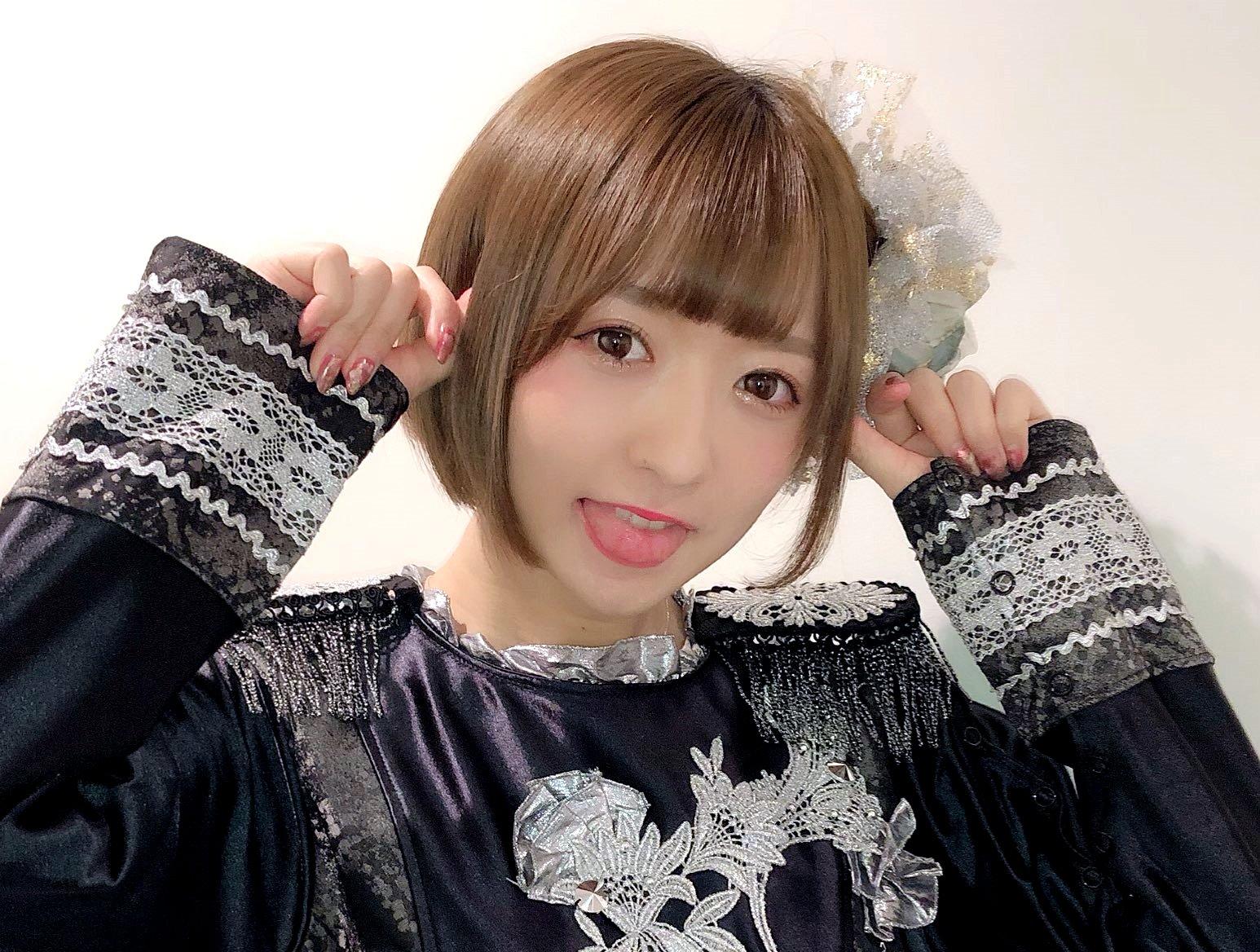神谷美緒のプルトロ舌 (10)