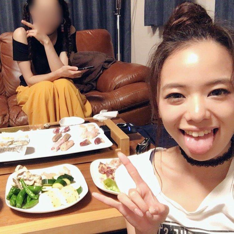 田中紗貴の幅広デカ舌 (24)
