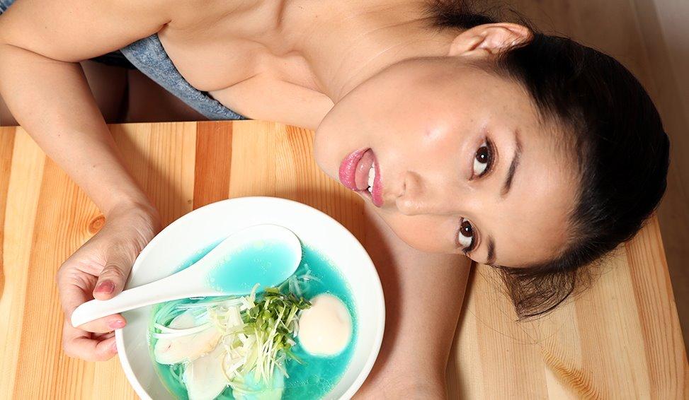 橋本マナミの食事顔 (15)