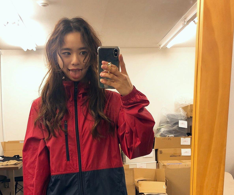 田中紗貴の幅広デカ舌 (33)