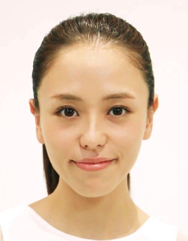 美人モデルの舌ヨガ講座 (1)