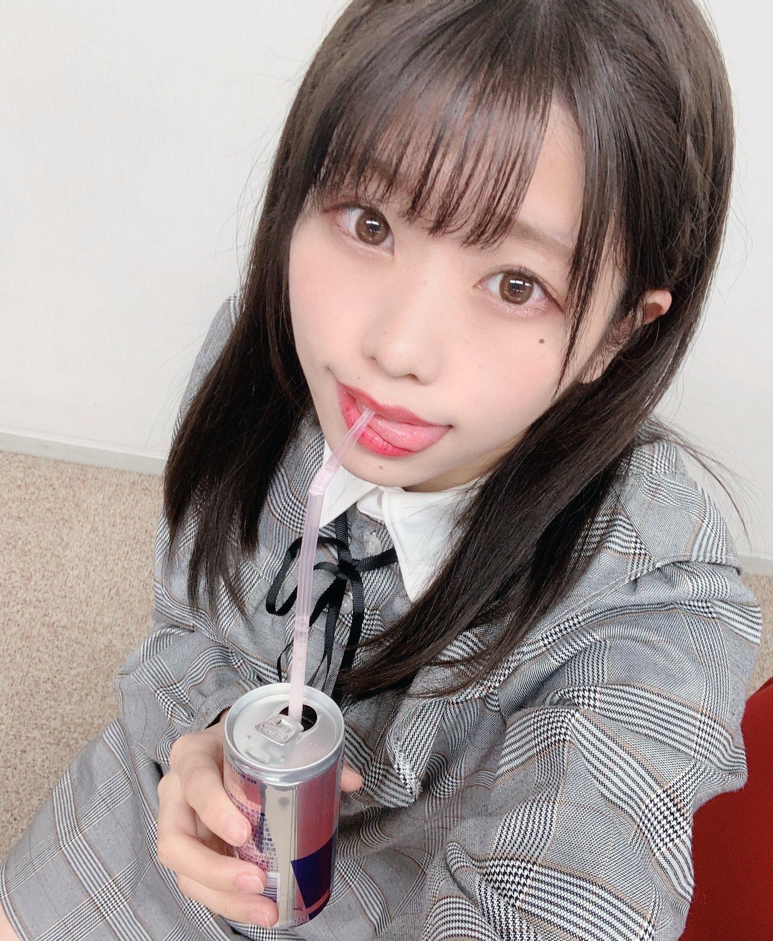 双葉凛乃のペロ舌出し (32)
