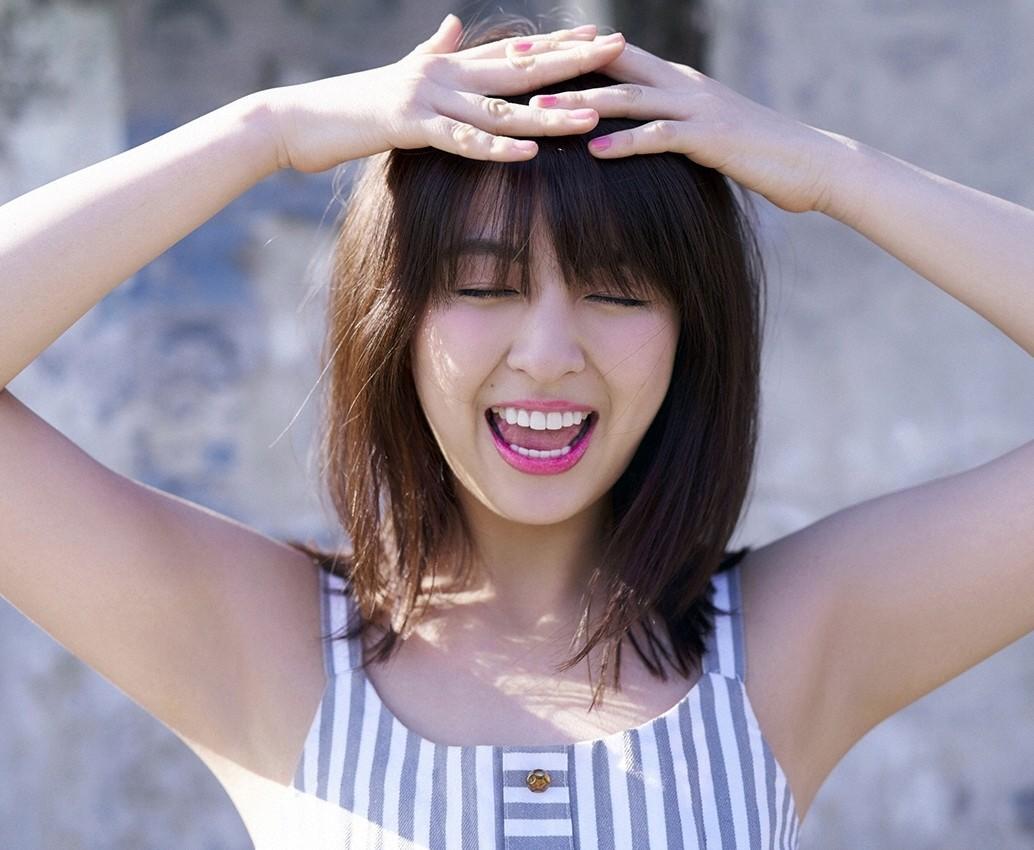 柳ゆり菜の開口舌見せ (3)