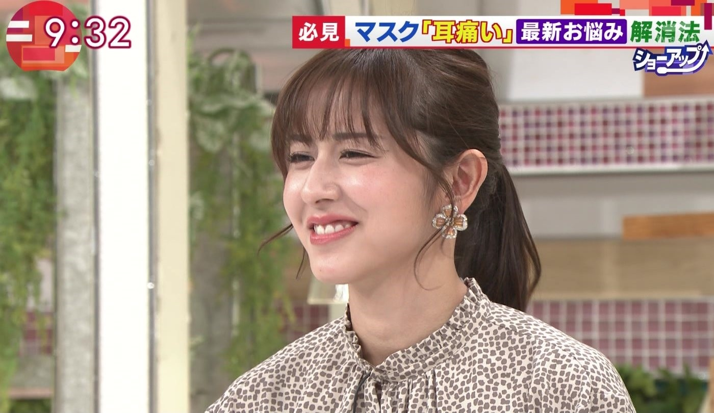 斎藤ちはるの顔面アップ&唾糸 (15)
