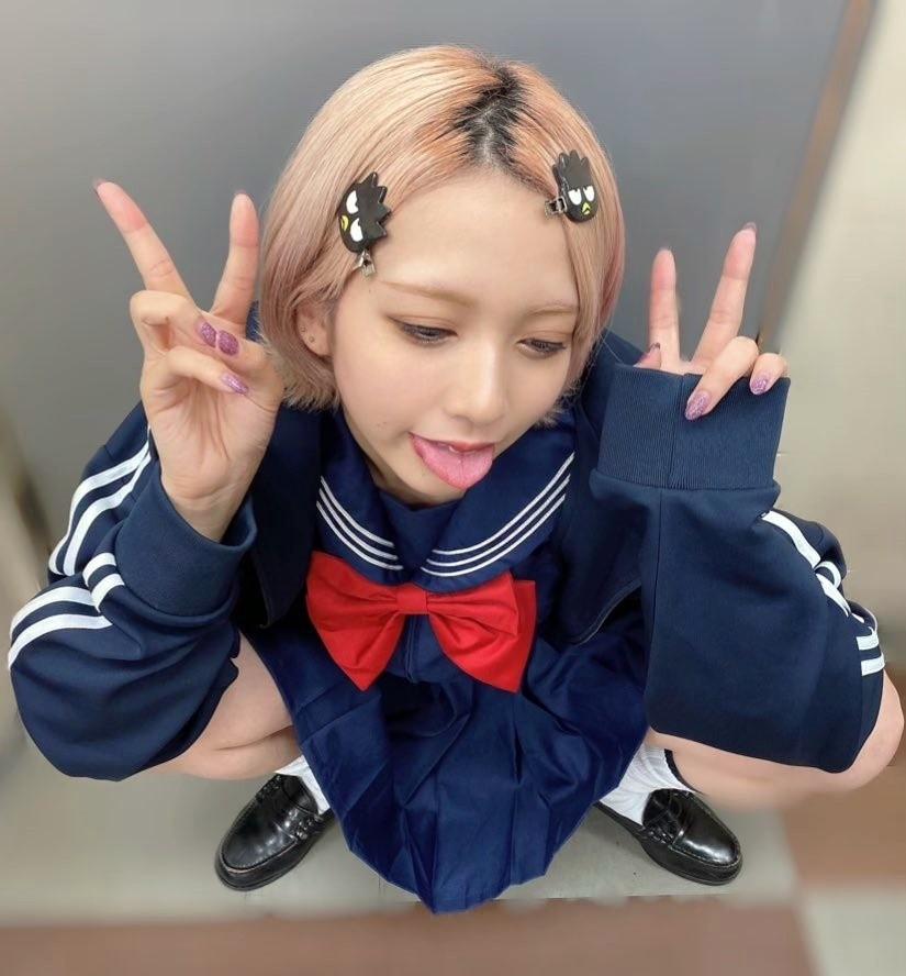 FaM・えむの舌出し (12)