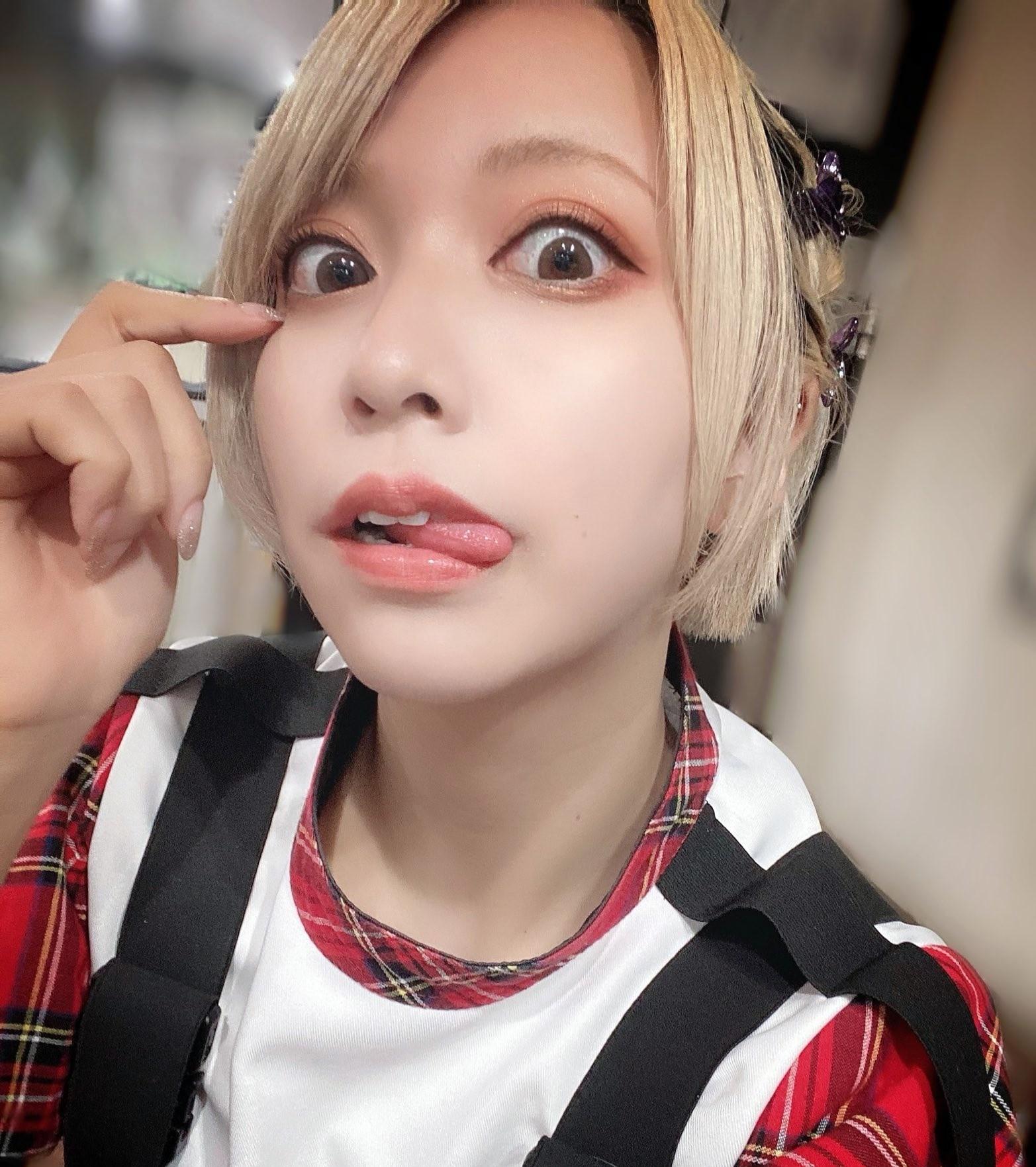 FaM・えむの舌出し (2)