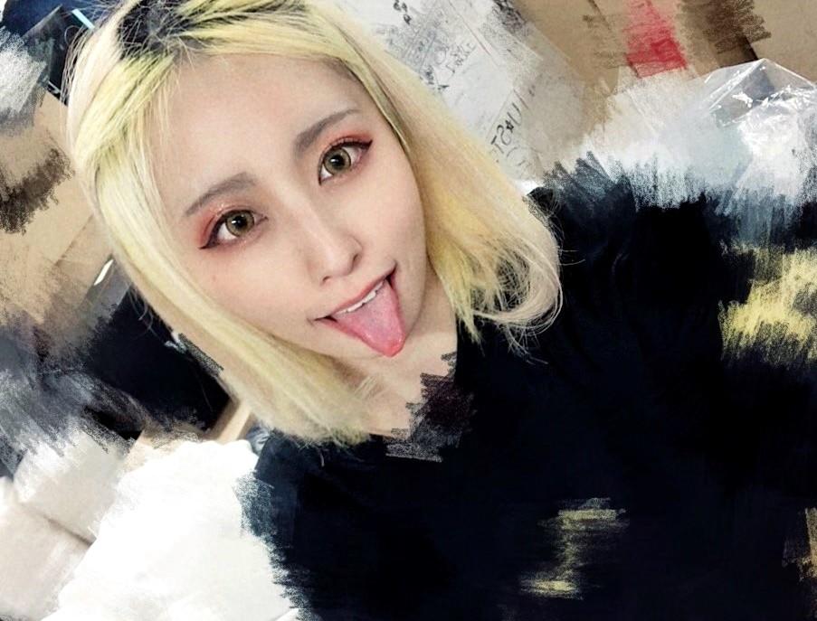 FaM・たわの舌出し (17)