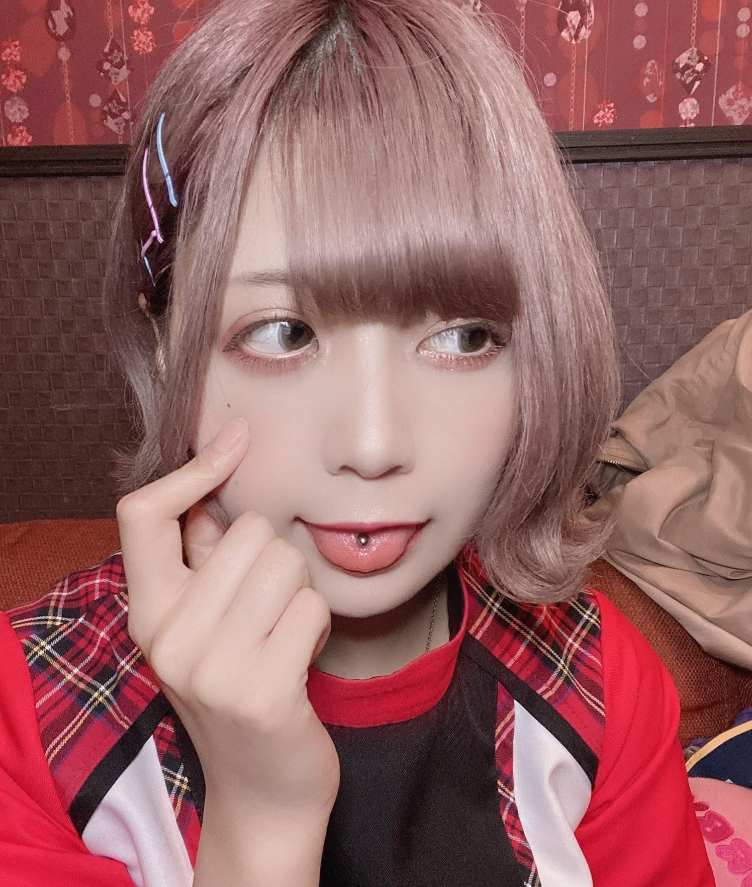 FaM・ゆめみーの舌出し (14)