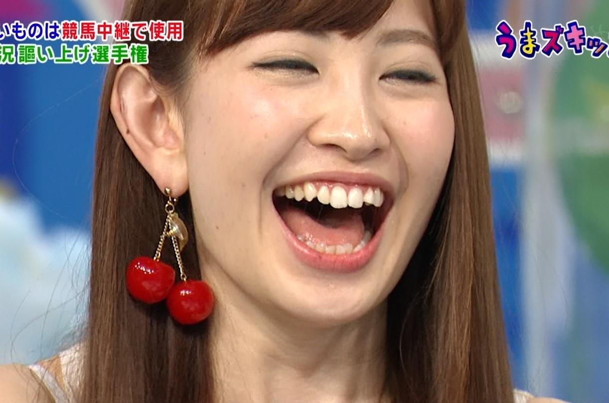 小嶋陽菜の開口舌見せ (4)