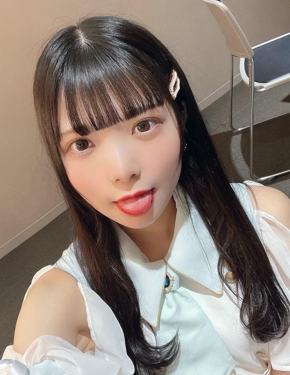 渡部莉果子の美トロ舌 (1)