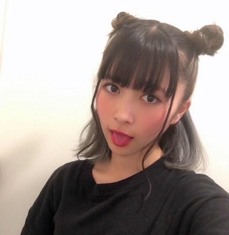 藤井優衣の舌出し (15)
