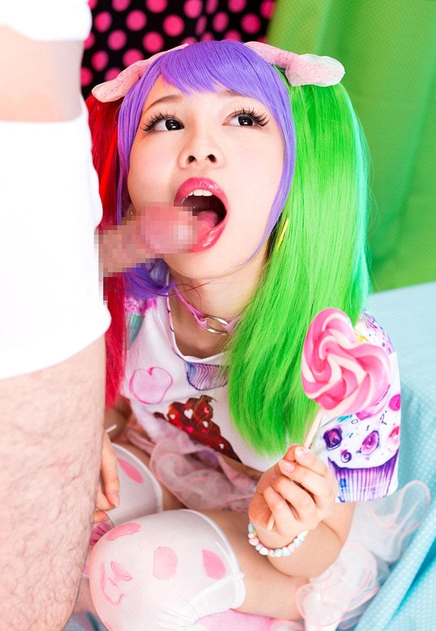 跡美しゅりの舌出しフェラ2 (1)