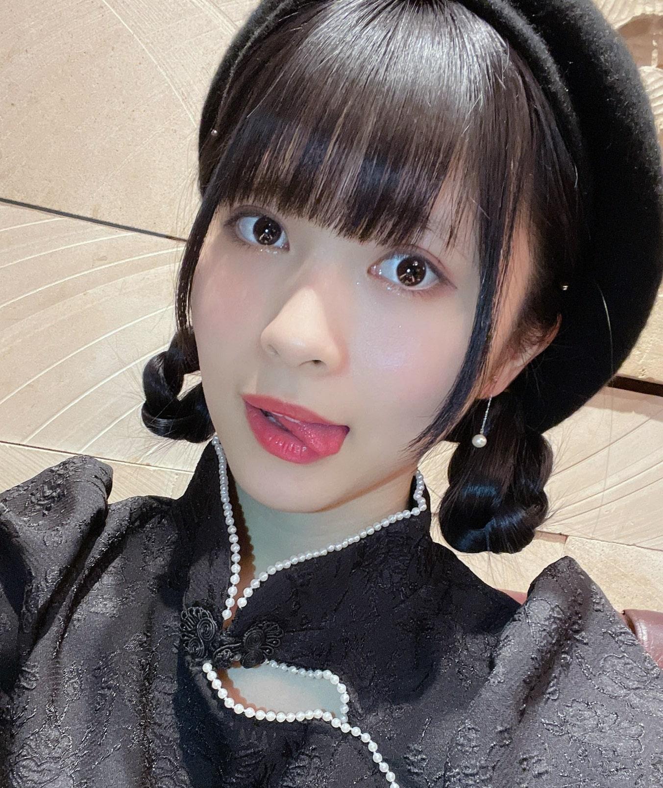 藤井優衣の舌出し (29)