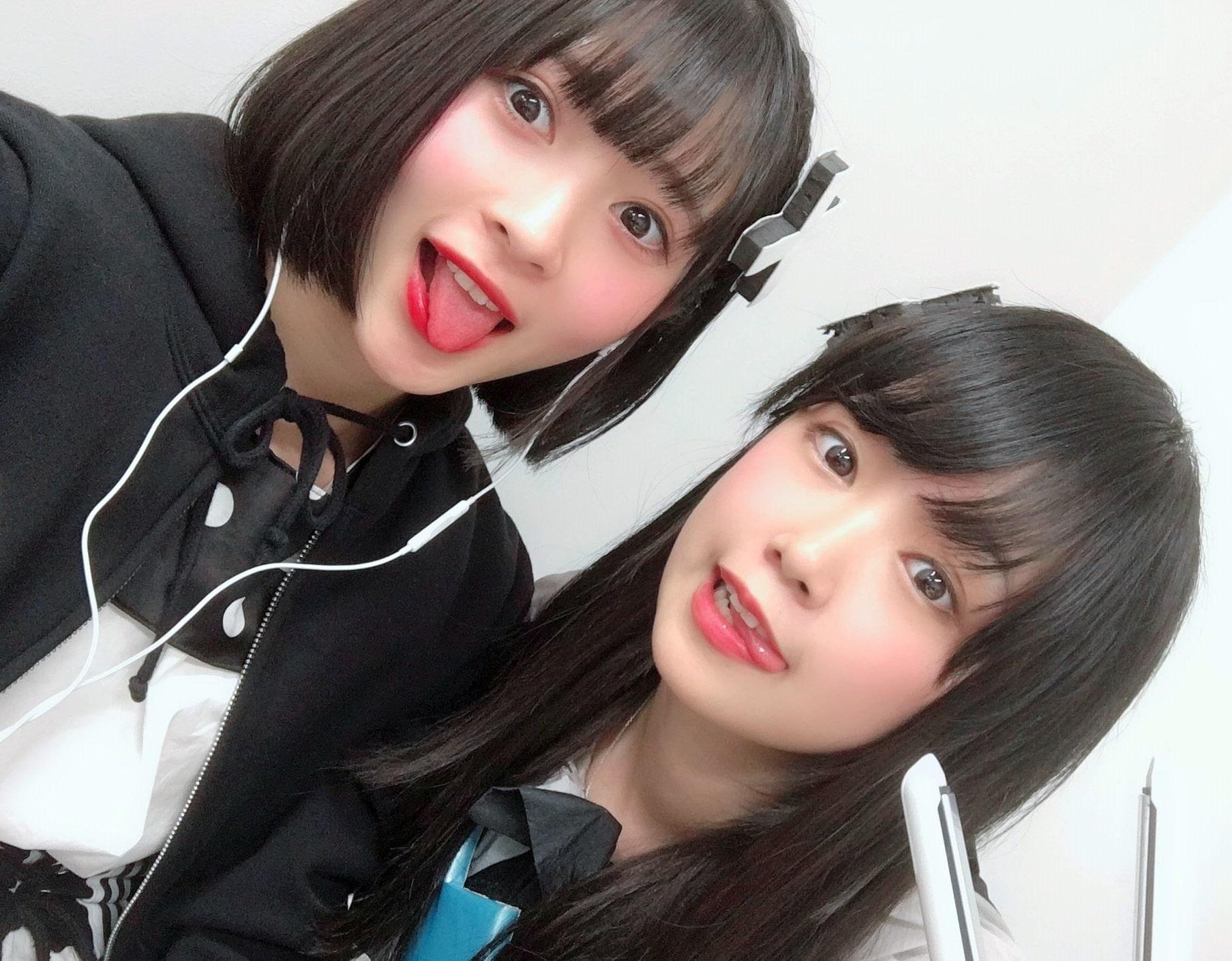 藤井優衣の舌出し (13)